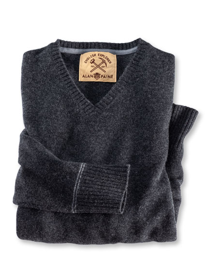 Lambswool-Pullover in Anthrazit von Alan Paine